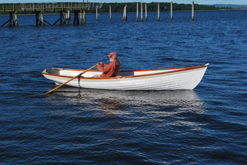 Reviewer Ben Fuller takes the Penobscot wherry out for a solo row.
