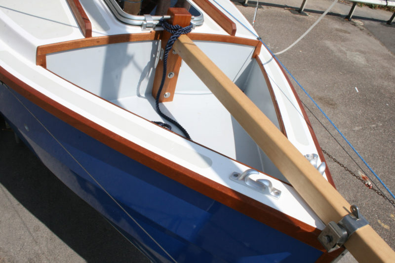 The foredeck is recessed to keep lines and gear from going overboard.