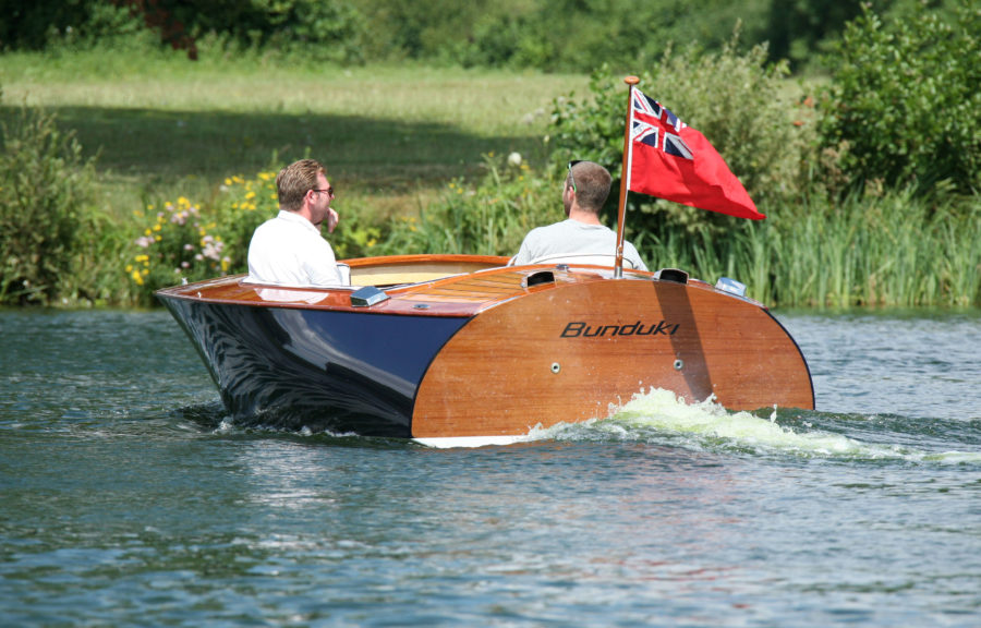 BUNDUKI, built to John Georgalas's Deep V 16' design, is a descendant of WYNN-MILL II, a legendary raceboat that gave rise to the speedboat company Donzi Marine.