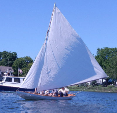 The lack of decks on the dory helped determine where it fit in among the racing dories of its day.