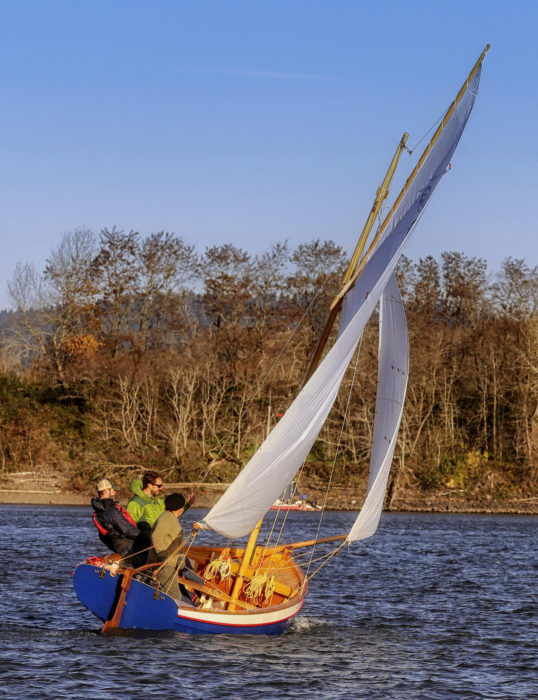 With winds gusting above 25 knots on the Willamette River, three school staffers pushed the boat hard. The cockpit controlled, adjustable jackstay proved handy.