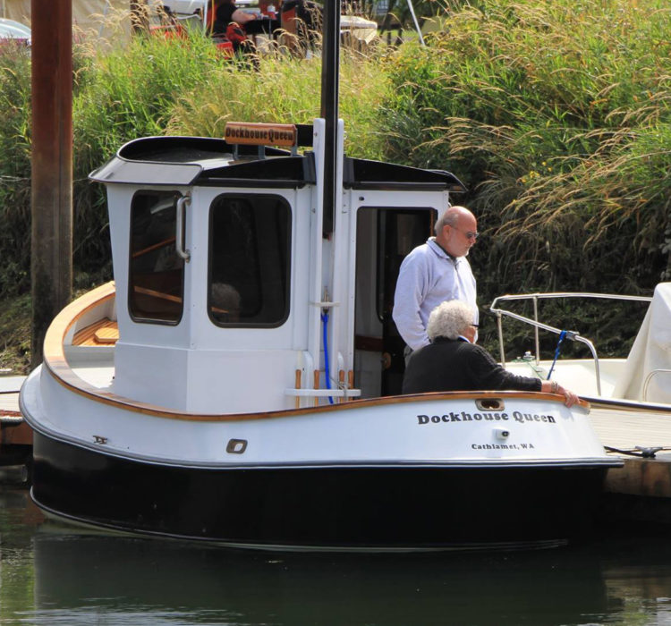 The curved stern was difficult to construct but has the right look for a tug.