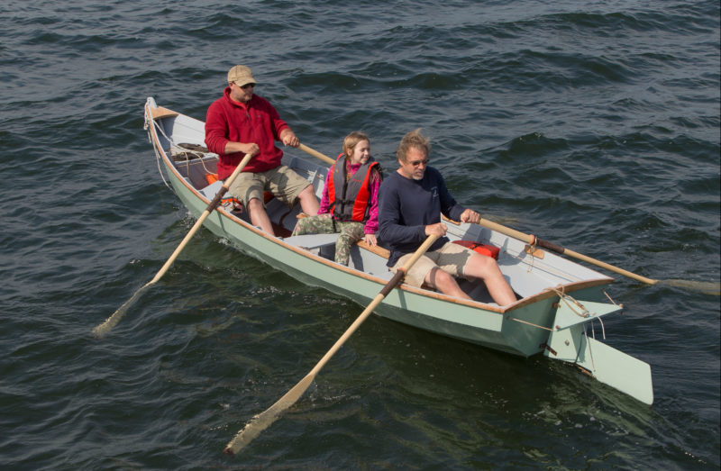 The sailZo has three rowing stations and can be rowed with one, two, or three people at the oars.