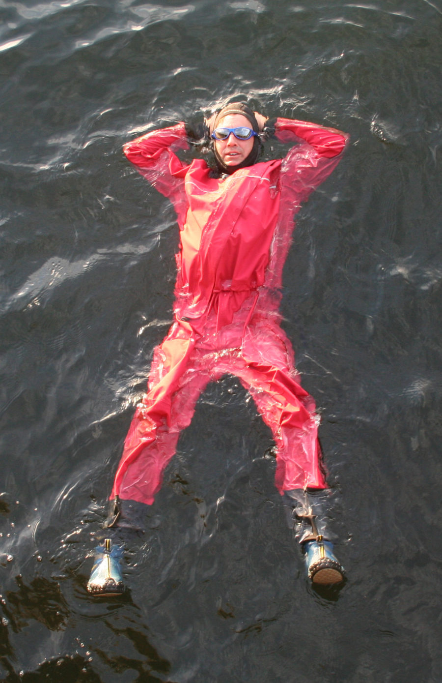Lounging about in a dry suit is very much like resting on a waterbed. My bare hands chilled quickly and painfully cold, in sharp contrast to the comfort provided by the Matsu suit.