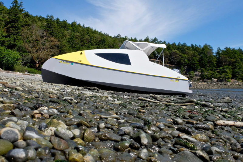 Eco 5 Power Cat - Small Boats Monthly