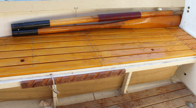 I'll be able to stow the oars tucked along the sheerstrake or against the uprights supporting the side benches. Note that the oar sections are of equal length, but the connections with the ferrules (and the hidden cut ends of the loom) are staggered.