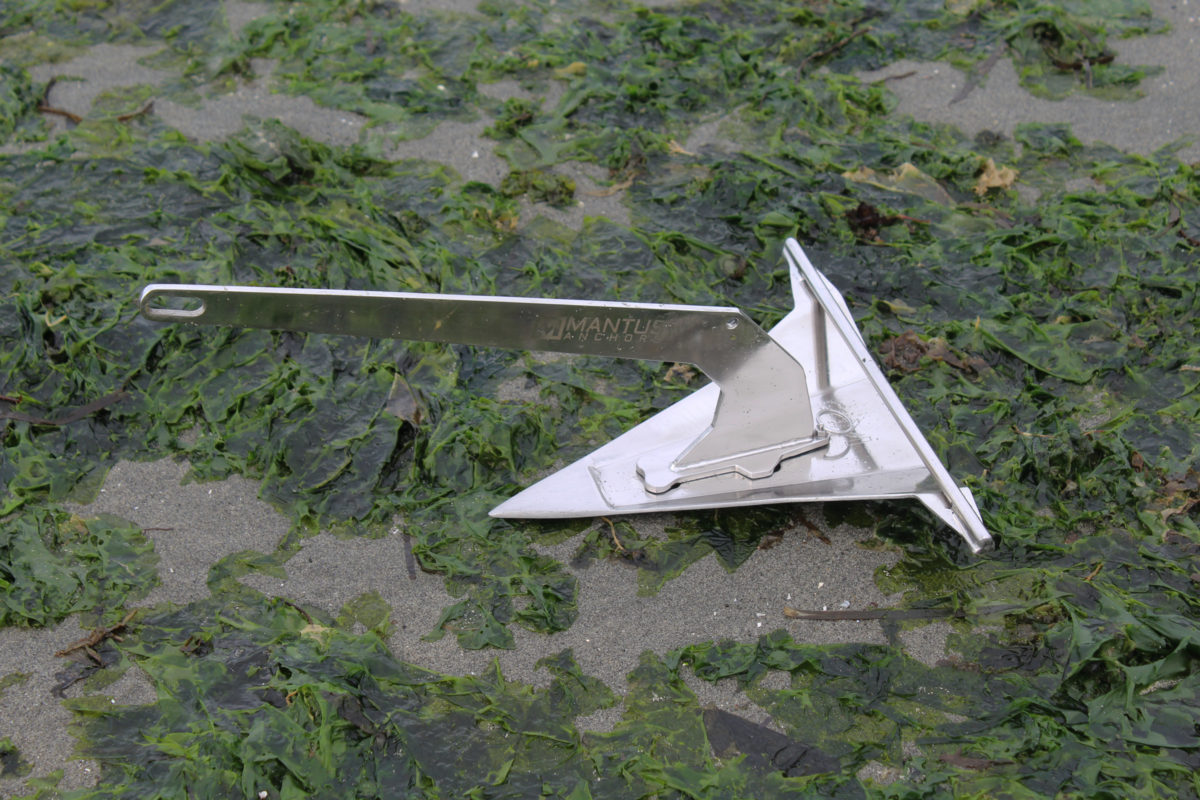 The Mantus anchor has a sharp tip to cut through seaweed.