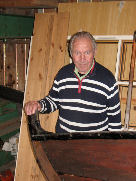 Nils O. Ulset reminisces over building the first geitbåt with Jay Smith at Aspøya in those early years.