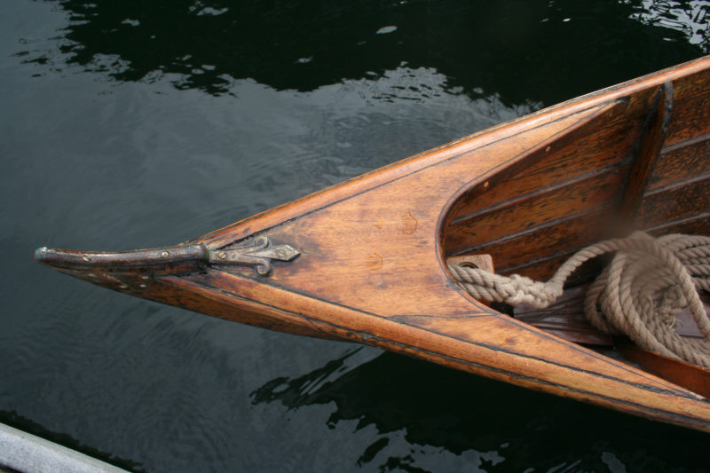 This wherry built by Cooper and Sons in Shrewsbury, England, in the late 1800s has a breasthook made of a single piece of straight-grained wood. The inner edge is scribed with a decorative groove.