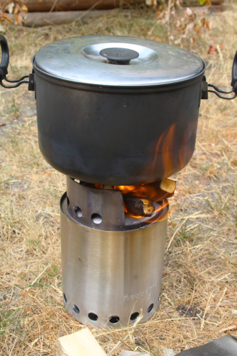 Running on rather poor fuel, the stove brought a quart of water to a boil in 8 to 9 minutes.