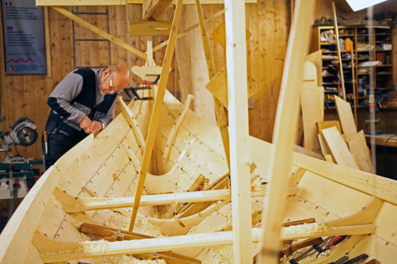 In his shop in Kjerringøy, Ulf works on a nearly completed Nordlands boat.