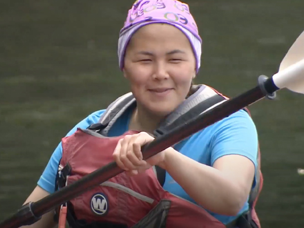 Canadian Winner of World's Best Teacher Promotes Kayaking