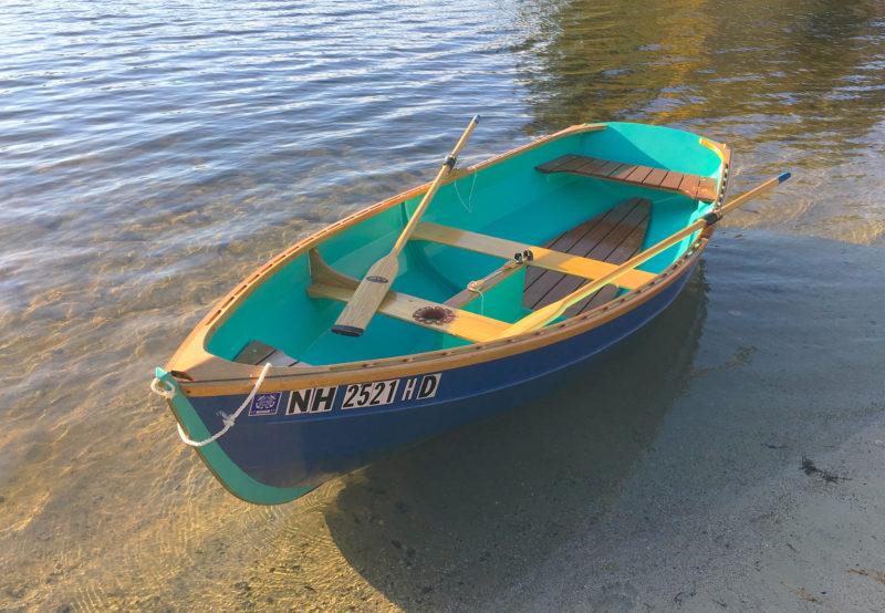 While this skiff has a single rowing station, the plans call for a second station at the thwart that serves as the mast partners.