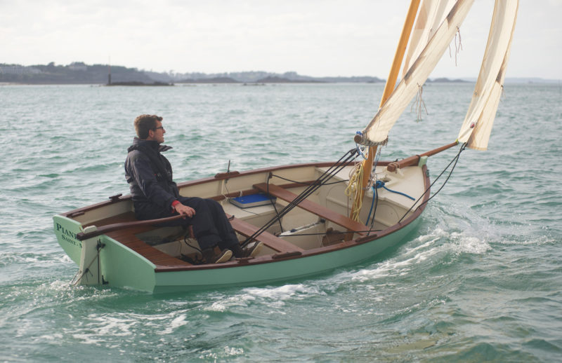 "Vivier traces the development of the 15' 3.5"" Minahouet to his 14' 4"" Ilur and its predecessor, his 14' 1"" Aber. All three have the option to rig with for a lugsail alone or as a lug sloop with the bowsprit and foresail."