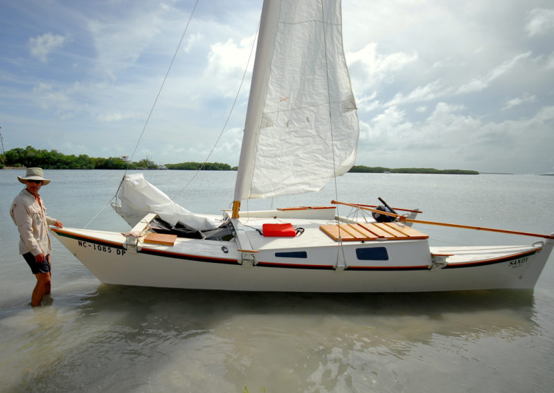 The mainsail is sewn with a luff sleeve for a smother flow of air around the mast. The jib and main halyards run along the mast inside the sleeve. This Tiki 21 was built by Rick Hueschen of North Carolina.