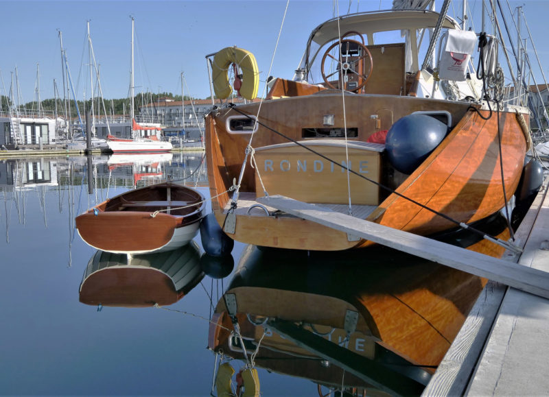 The Auklet is an worthy tender to RONDINE, the 43' sloop built by Ernst's father.