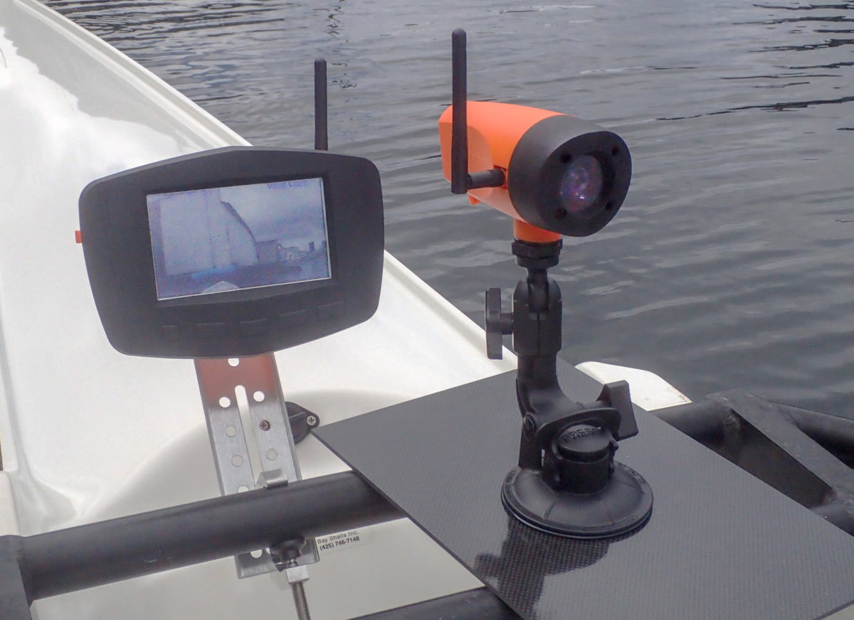 The author used optional mounts: the monitor mount instead of the rail mount for the monitor and the tall mount (for better visibility over the bow) instead of the flush mount for the camera.