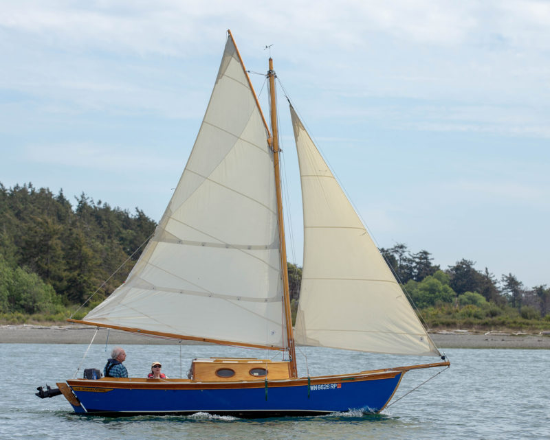 The Winter Wren II's sail area of 176 sq ft is good for light summer breezes, and the entirely feasible addition of a topsail would make it even better.