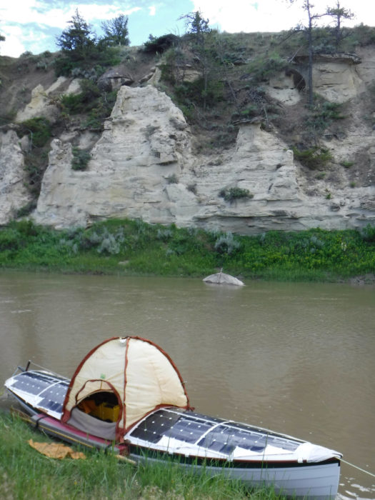 Rain wasn't threatening so the tent went up without the rainfly. The rock on the opposite bank would be a good way to keep table on the river's water level.