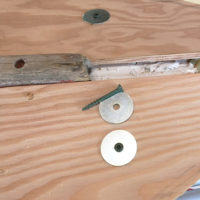 Screws canhold work pieces together in areas where clamps can't reach and fender washers spread the pressure of a wide area, minimizing the damage to the wood and helping prevent splits in lumber.